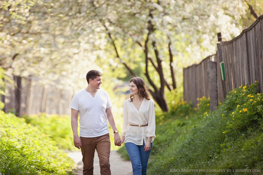 love story, весенняя фотосессия, Киев, фотосессия весной, весеннее цветение, вишня в цвету