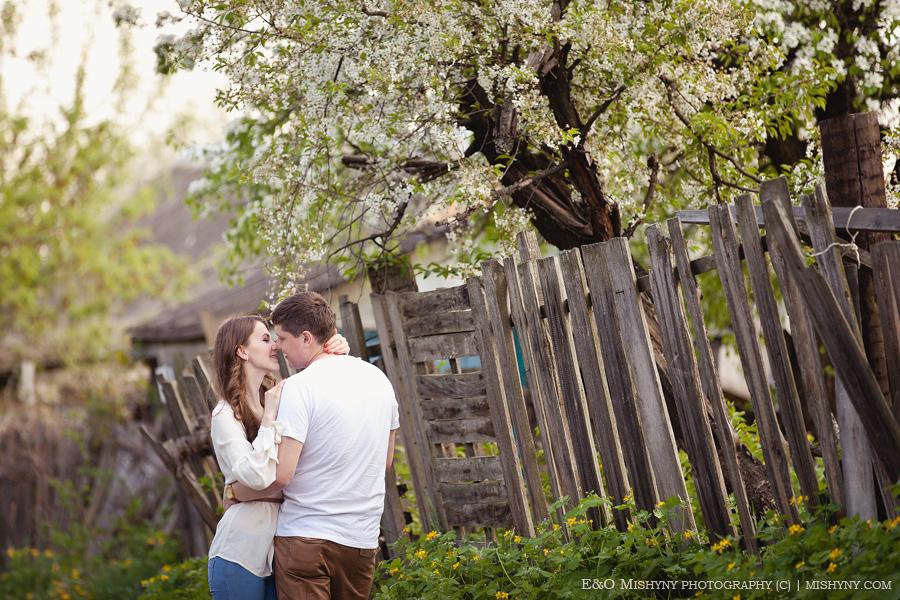 love story, весенняя фотосессия, Киев, фотосессия весной, ловстори, лавстори, весеннее цветение, вишня в цвету