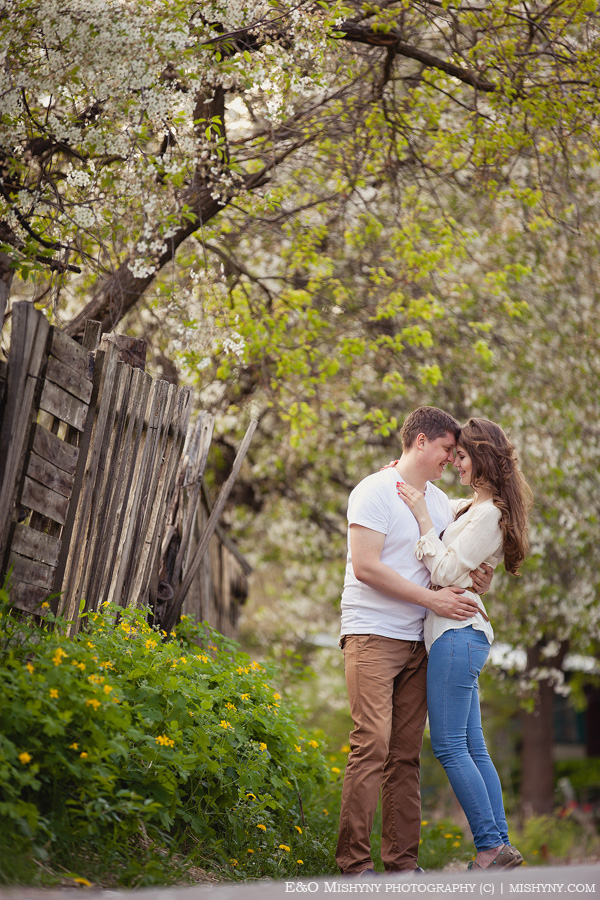 love story, весенняя фотосессия, Киев, фотосессия весной, ловстори, лавстори, фотосессия для влюбленных, весеннее цветение, вишня в цвету