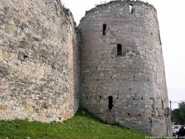 Вид на крепость до реставрации 03
