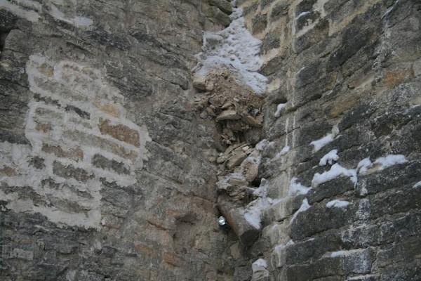 Ремонт крепостной стены 07