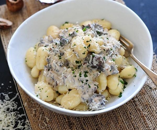 Potato-Gnocchi-with-Mushroom-Sauce