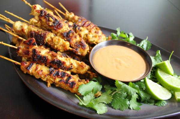 Chicken Satay with Peanut Sauce 011