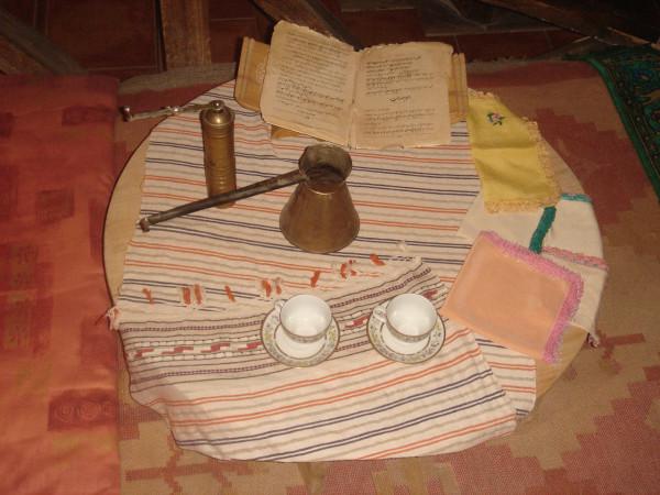 11 Кофейный столик с Кораном