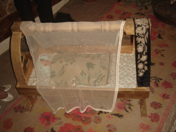 10 Колыбель на коврике 15 века