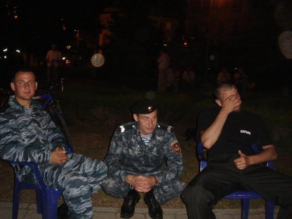 5 охрана в ночь перед открытием