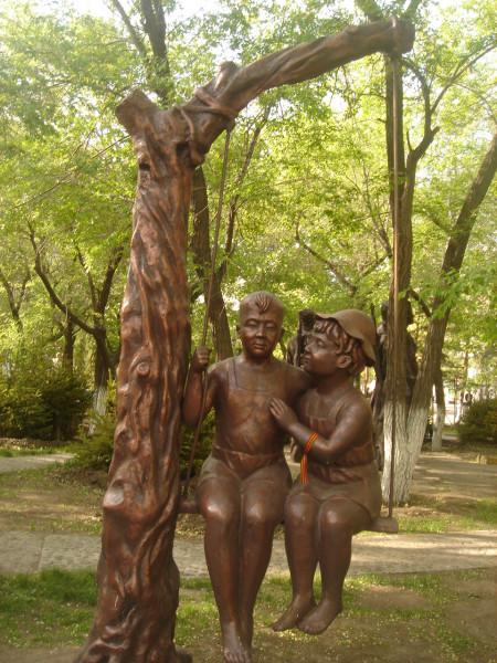 37 скульптура с георгиевской ленточкой