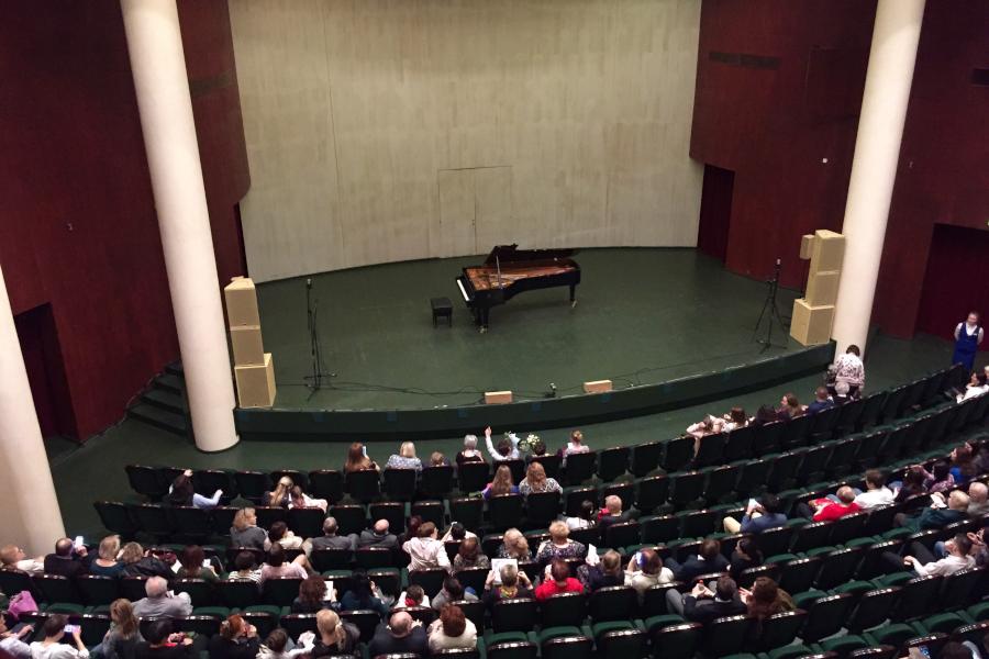 pianist1_1.jpg