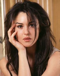 Самая красивая девушка из актрис