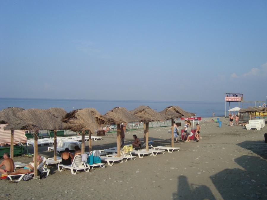 пляж в Лоо.