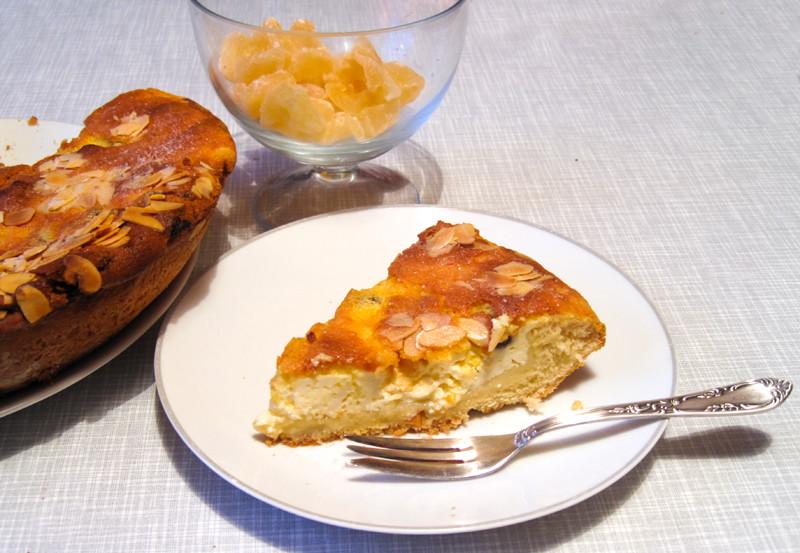 IMG_0533Dresdner Eierschecke mit Sultaninen und Mandeln