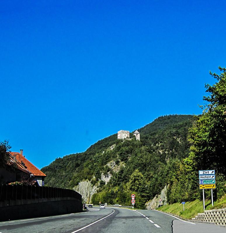 IMG_6412_Bayern aus dem Autofenster_2012