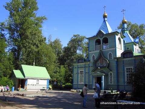 01 Seraphim Sarovskiy church in Saint Petersburg, Russia