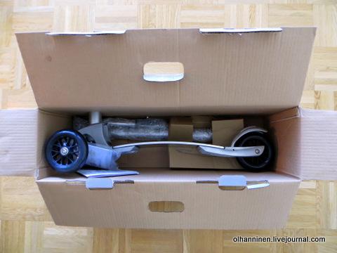 04 в коробке стойка и доска с колесами
