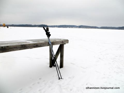 17 по озеру с палками