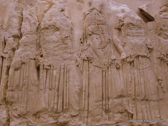 Процессия афинских девушек. Восточный фриз Парфенона