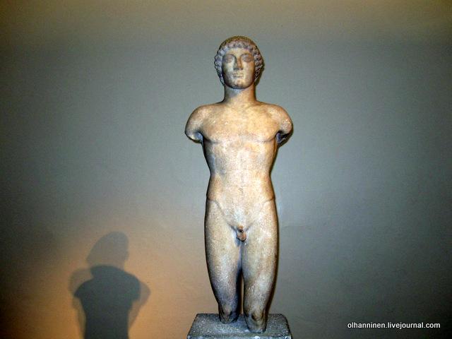 04 курос начало 5 века более натуралистичный до н.э. Британский музей