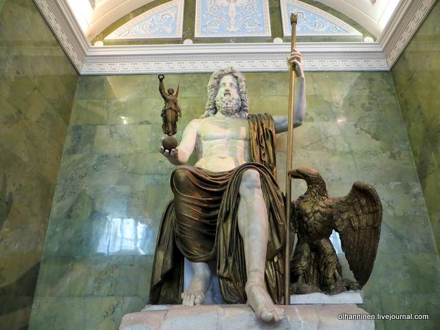 13 Юпитер, верховный бог римлян конец I века, драпировки, жезл XIX века