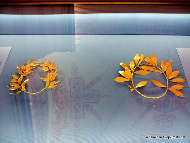 23 греческие золотые венки