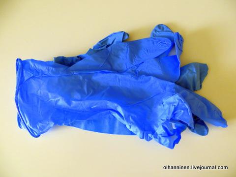 03 тонкие резиновые перчатки
