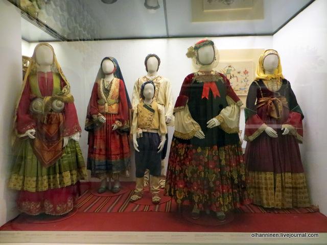 Музей Бенаки. Греческие национальные костюмы