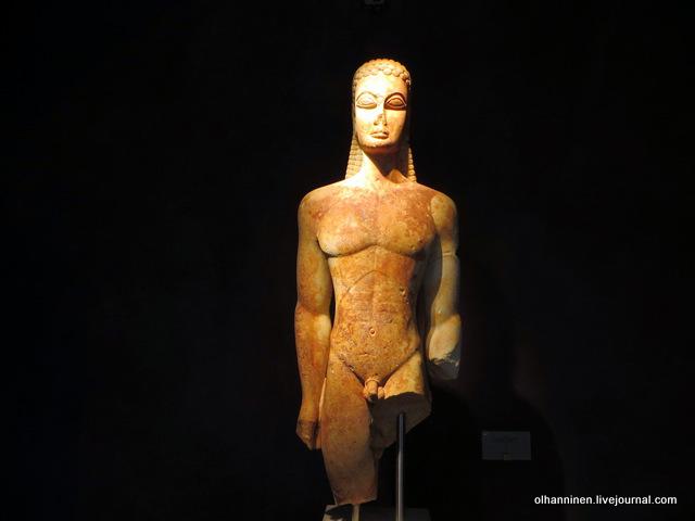 Музей Керамикос. Курос