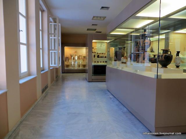 Музей Керамикос. Предметы быта и захоронений