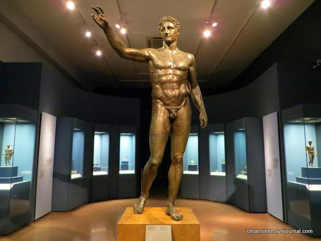 Национальный археологический музей. Эфеб из Антикитеры, 340 г до нэ