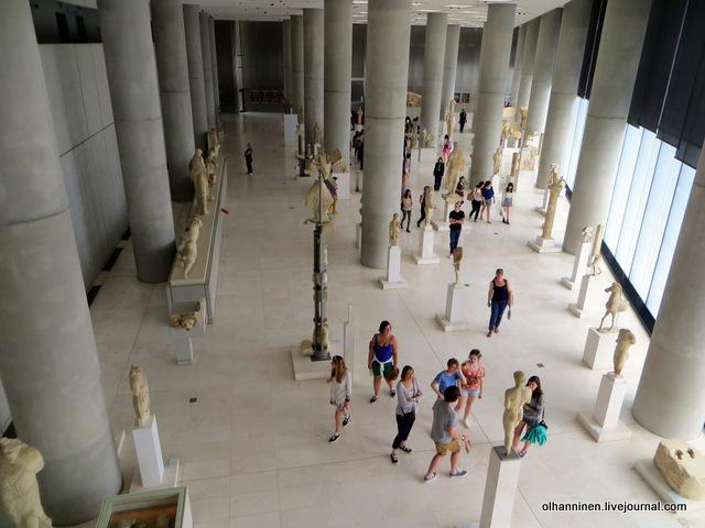 Новый музей Акрополя. Как раскрашивали статуи