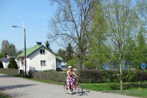 04 катаюсь на велосипеде