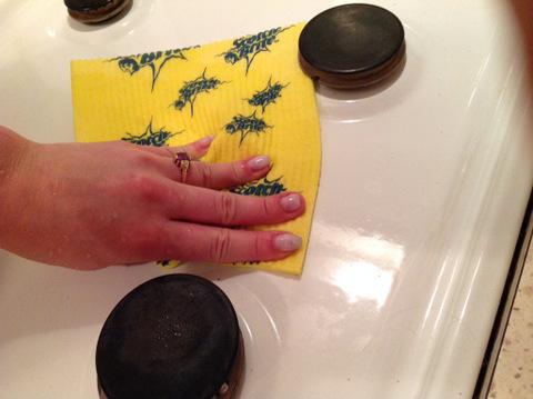 03 салфетка scotchbrite убирает воду без разводов