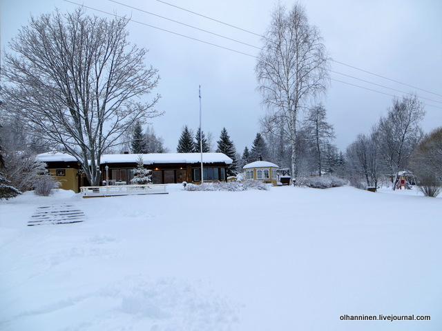 14 домик с лесенкой и елкой