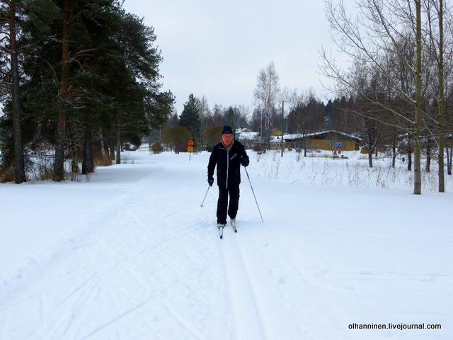 Муж начал кататься на лыжах счастлива