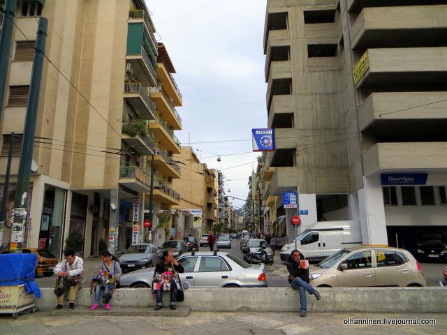 Афины как живут обычные люди городе фото стрельбы ружья