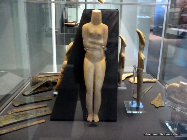 минойская статуэтка