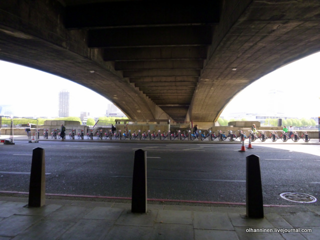 Под мостом Ватерлоо