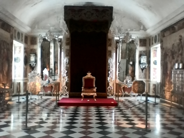 Розенборг третий этаж тронный зал один трон