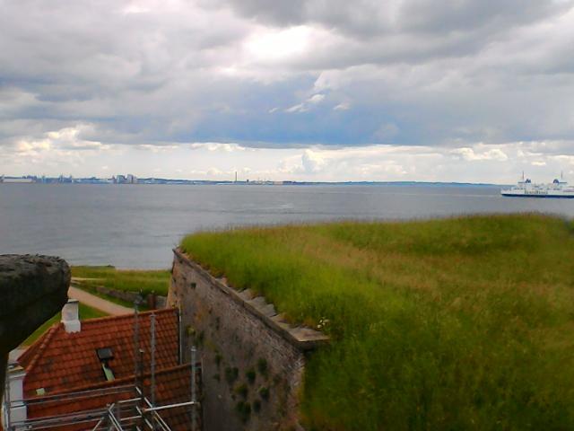 Вид на гавань из окна замка