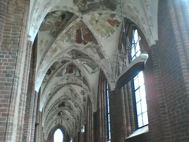 Церковь Девы Марии, средневековые фрески на потолке , Хельсингер