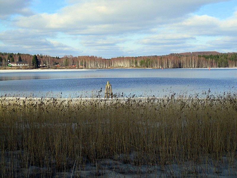 Весной озеро Уннукка освобождается ото льда