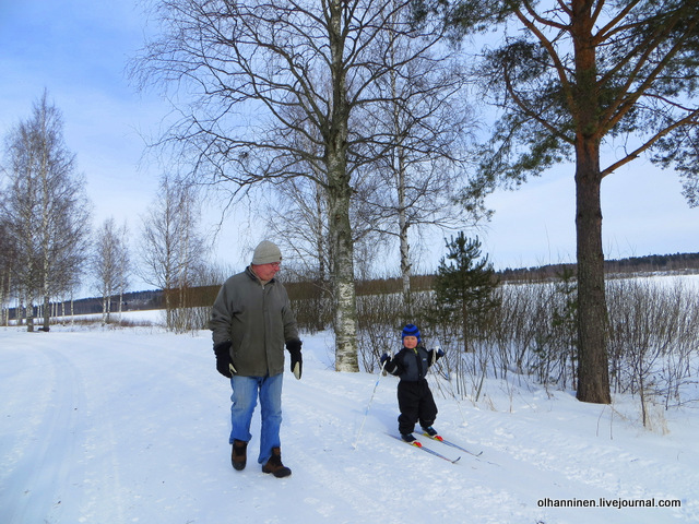 21-а дед на лыжах кататься не умеет