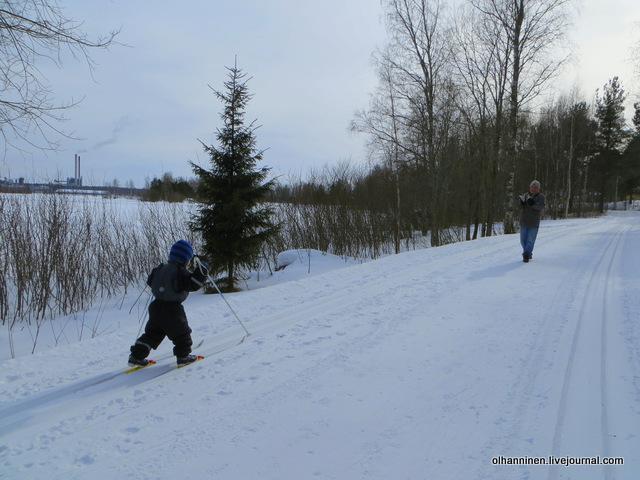 22-поэтому дед возомнил себя лыжным тренером