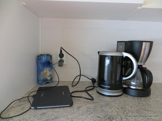 09-основная розетка на кухне