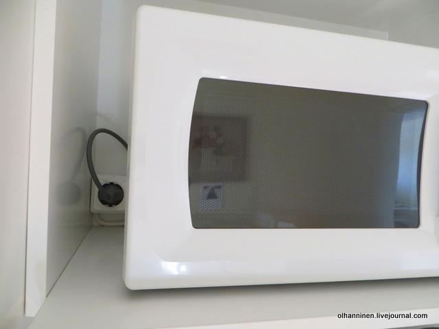 10-розетка для микроволновки на кухне