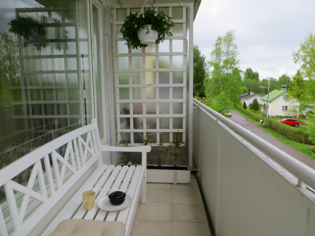 вот так теперь выглядит балкон целиком