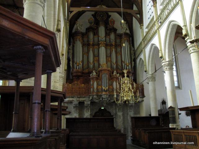 интерьер Oude Kerk