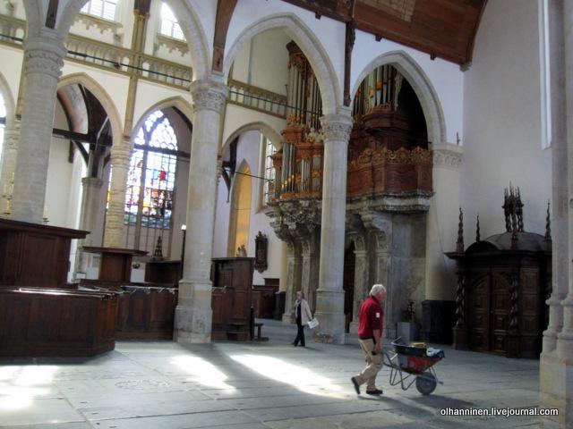 ремонт в Старой церкви