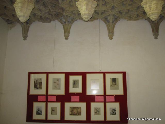 капелла с выставкой фотографий Рембрандтовых  набросков Саскии