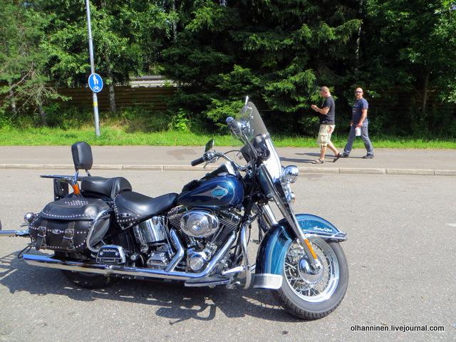 18 мотоцикл со стульчиком со спинкой