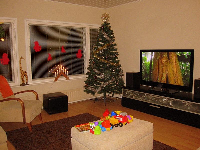А вся прелесть в этом празднике в том, что Рождество в финских семьях - детский праздник